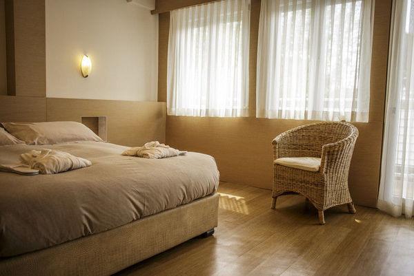 bed e breakfast milano marittima 4 stelle, colazione in giardino, hotel saraceno milano marittima 4 stelle, all inclusive, junior suite b, spiaggia privata