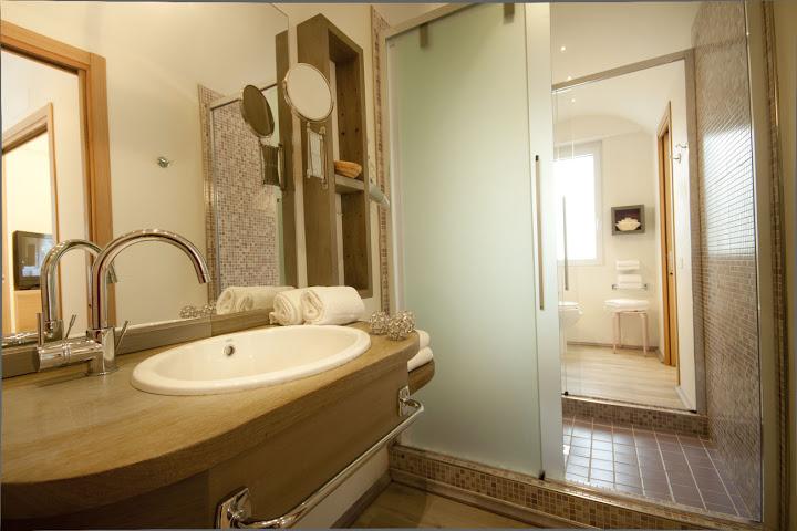 Immagine bagno suite