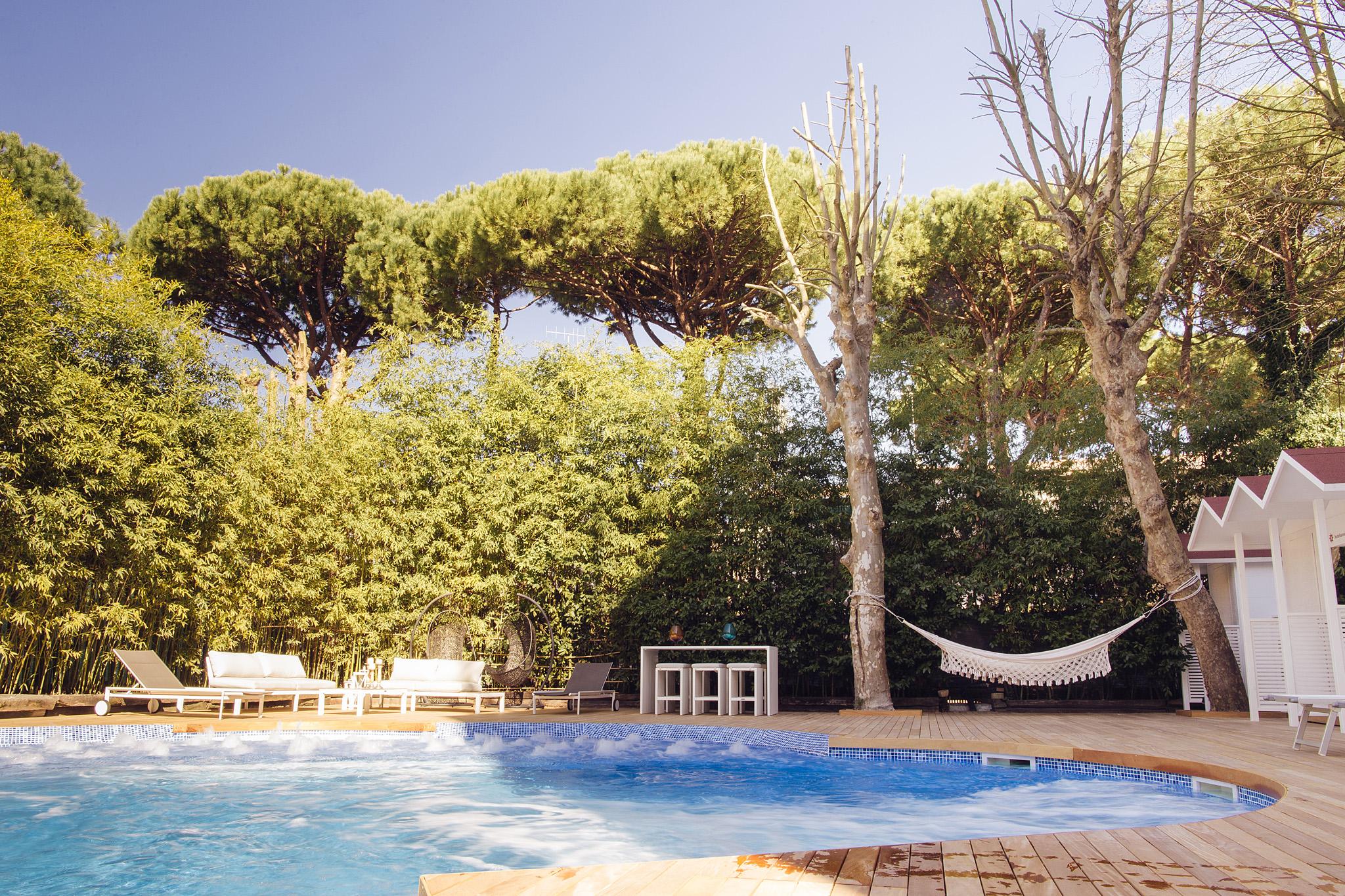 30°C/86°F heatedsalty swimming-pool hotel saraceno 4 stars milano marittima